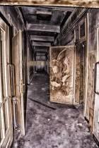eine-Ruine-der-ehemaligen-Limbergkaserne-10