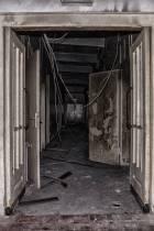 eine-Ruine-der-ehemaligen-Limbergkaserne-3