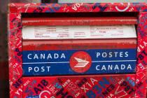 1 - Postkasten in zwei Sprachen