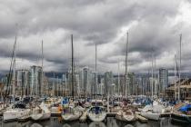13 - Vancouver - Boote und Hochhäuser