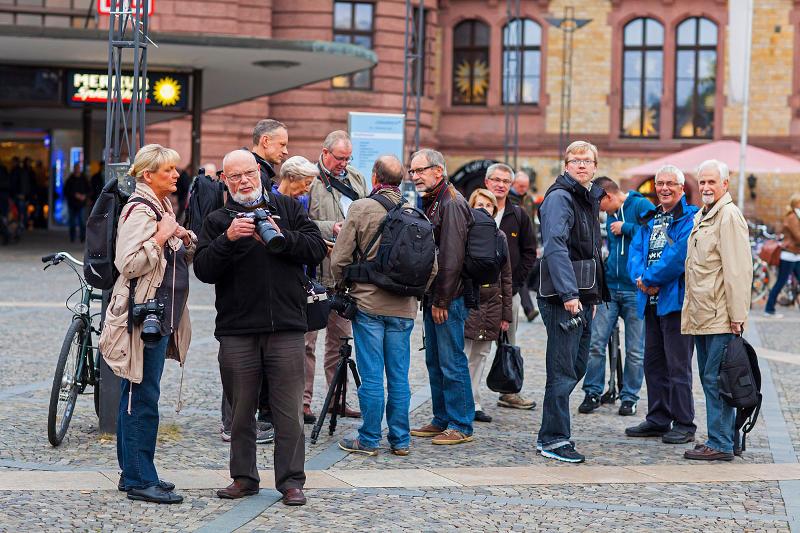 """Fototreffen """"Available Light"""" am Hauptbahnhof Osnabrück"""